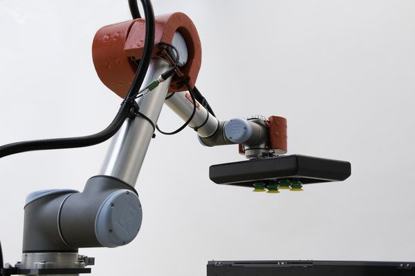 Cellule de palettisation avec robot collaboratif